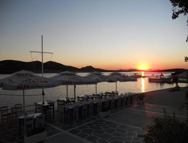 ANTIPAROS - Captain Pipinos Seafood Taverna